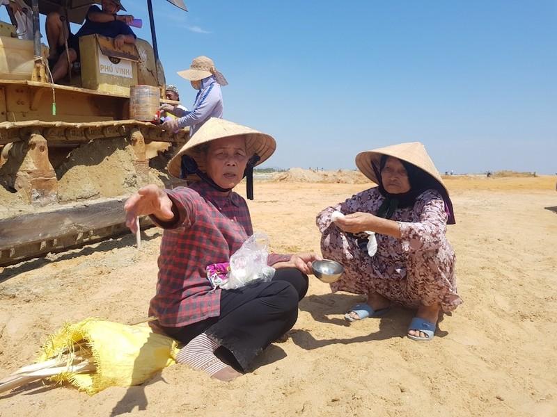 Quảng Nam: Người dân vây dự án lấp vịnh An Hoà - ảnh 4