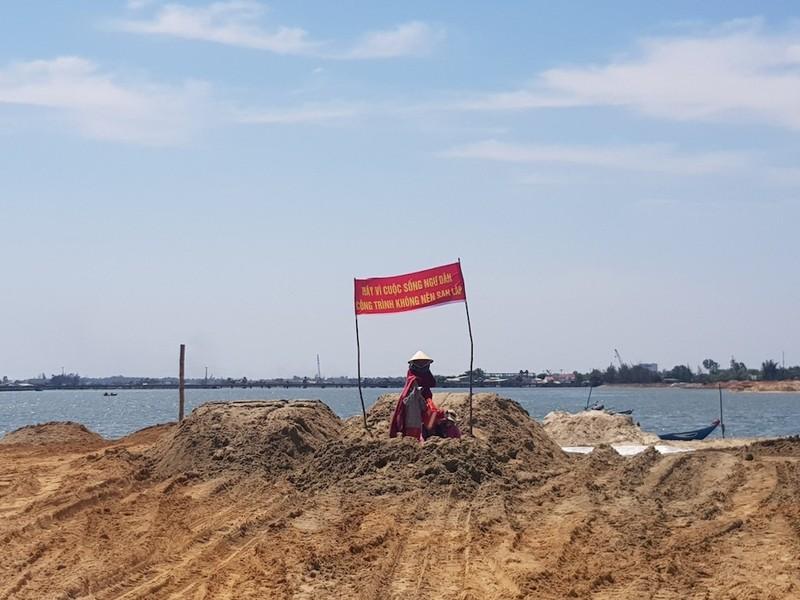 Người dân phản đối xây khu đô thị cao cấp bên sông Bến Ván - ảnh 3