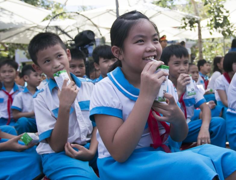 Phó Chủ tịch nước tặng quà cho thiếu nhi Quảng Nam - ảnh 2