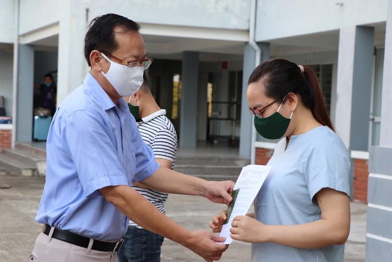 227 bà bầu về từ Đài Loan chia tay khu cách ly - ảnh 1