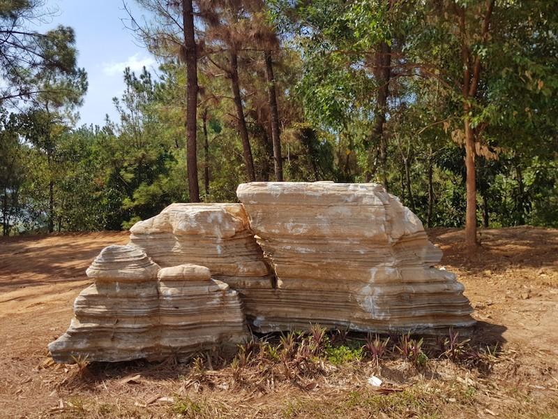Vụ 60 tấn đá: Chủ khu du lịch đang trả đá về chỗ cũ - ảnh 2