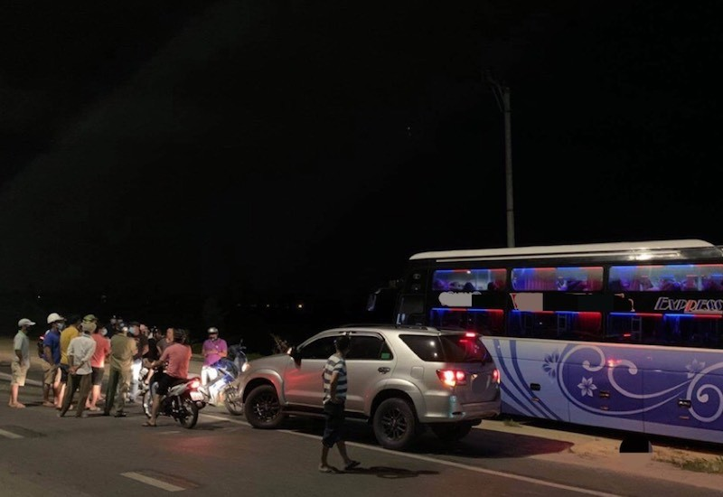 Công an thông tin vụ dân chặn xe nghi chở người Trung Quốc - ảnh 1