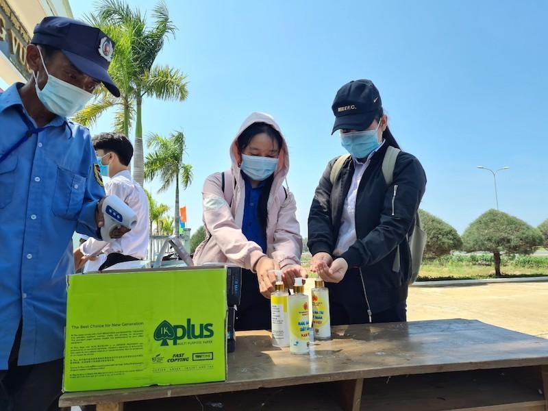 Thí sinh Quảng Nam tiếc vì không được dự thi THPT đợt 1 - ảnh 1