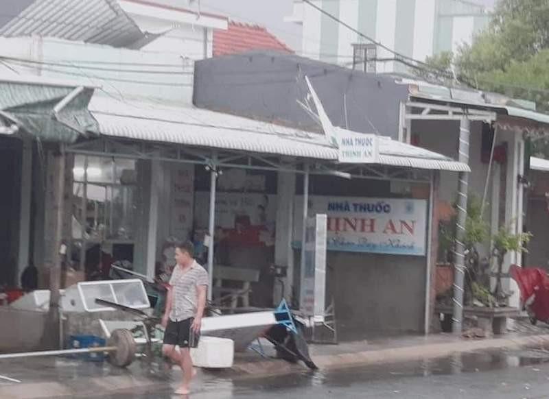 Quảng Nam: Mưa lớn gây ngập nhiều tuyến đường - ảnh 4