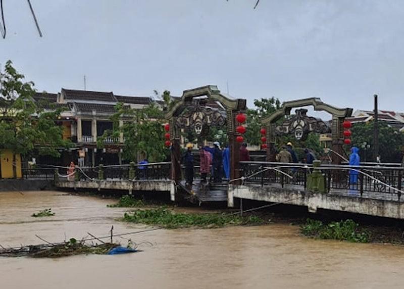 Quảng Nam: Mưa giảm, nước sông đang xuống chậm - ảnh 1