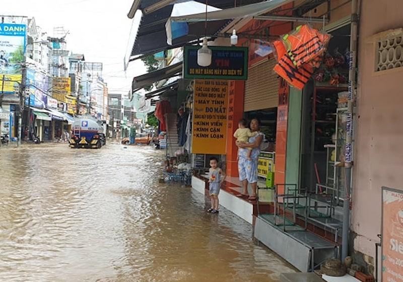 Quảng Nam: Nhiều vùng ngập sâu, sơ tán dân trước 17 giờ - ảnh 5