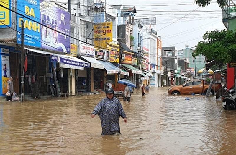 Quảng Nam: Nhiều vùng ngập sâu, sơ tán dân trước 17 giờ - ảnh 6