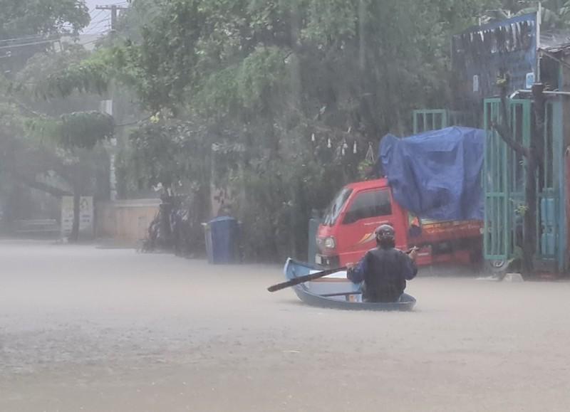 Quảng Nam: Nhiều vùng ngập sâu, sơ tán dân trước 17 giờ - ảnh 2