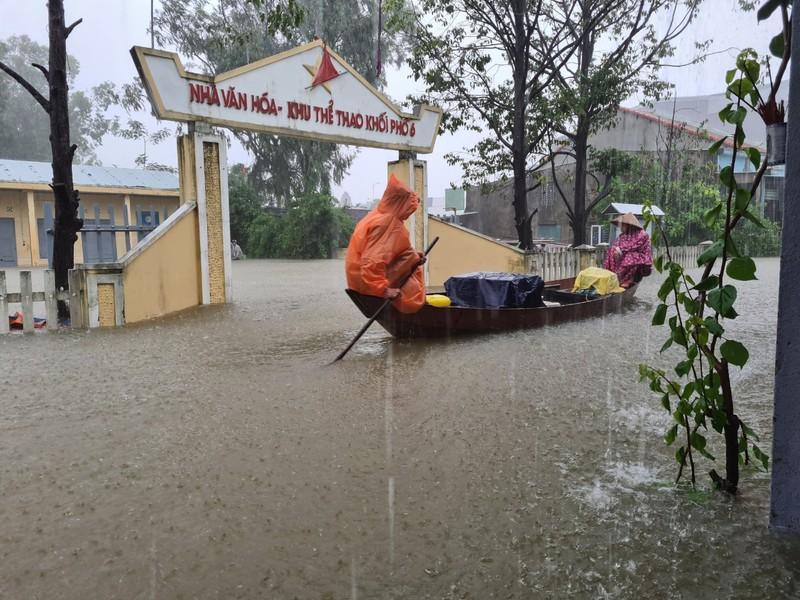 Quảng Nam: Mưa liên tục, TP Tam Kỳ bắt đầu ngập - ảnh 5