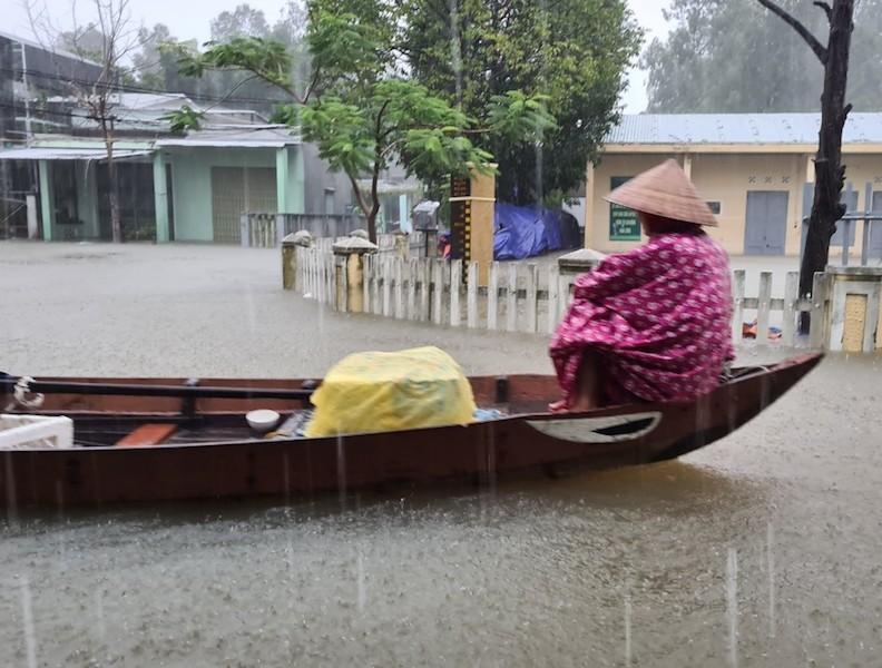 Quảng Nam: Mưa liên tục, TP Tam Kỳ bắt đầu ngập - ảnh 6