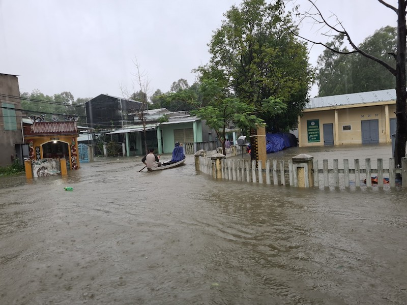 Quảng Nam: Mưa liên tục, TP Tam Kỳ bắt đầu ngập - ảnh 7