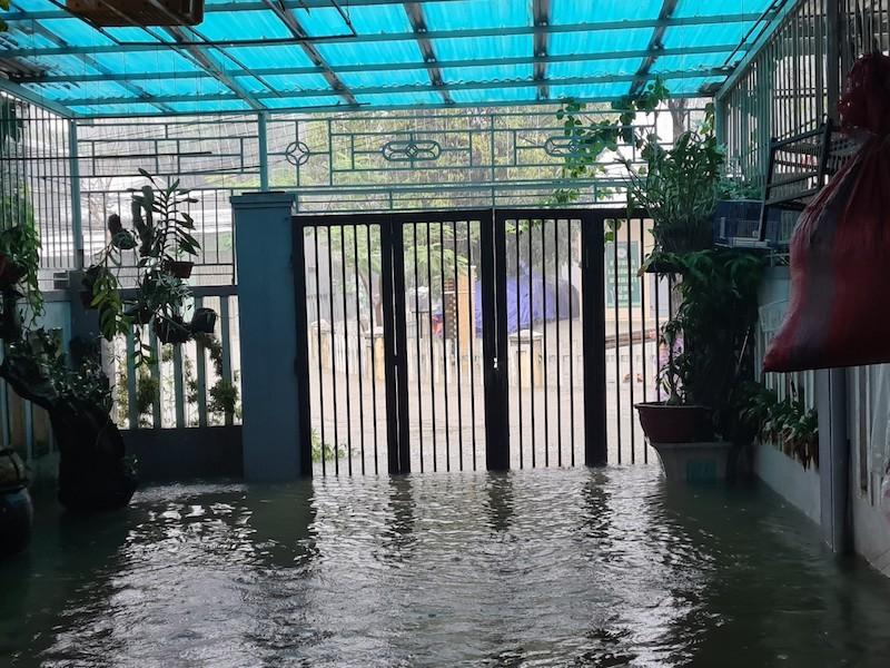 Quảng Nam: Mưa liên tục, TP Tam Kỳ bắt đầu ngập - ảnh 9
