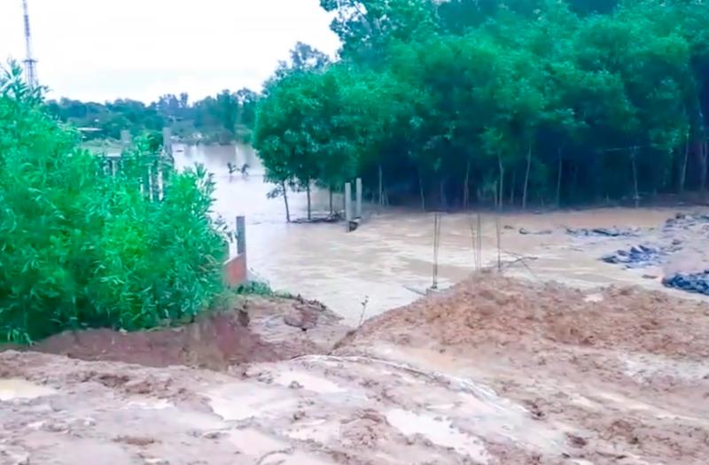 Quảng Nam: Mưa lớn gây vỡ hồ chứa nước đang thi công - ảnh 1