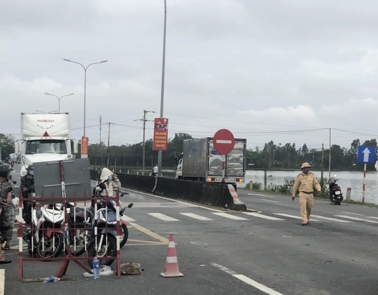 Quảng Nam: Nhiều nơi vẫn ngập sâu, nước sông báo động 3 - ảnh 2