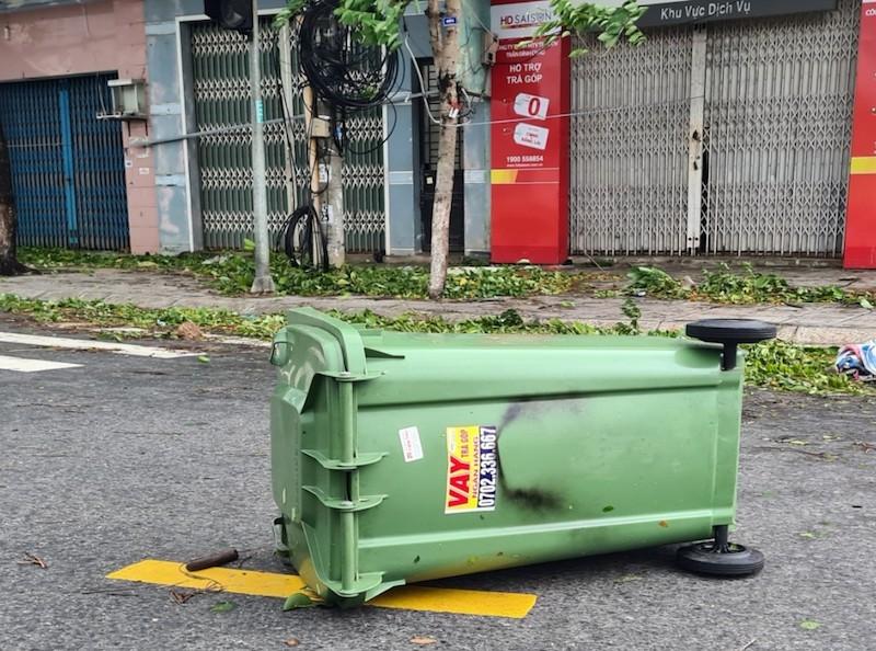 Quảng Nam ngổn ngang sau bão số 9 - ảnh 10