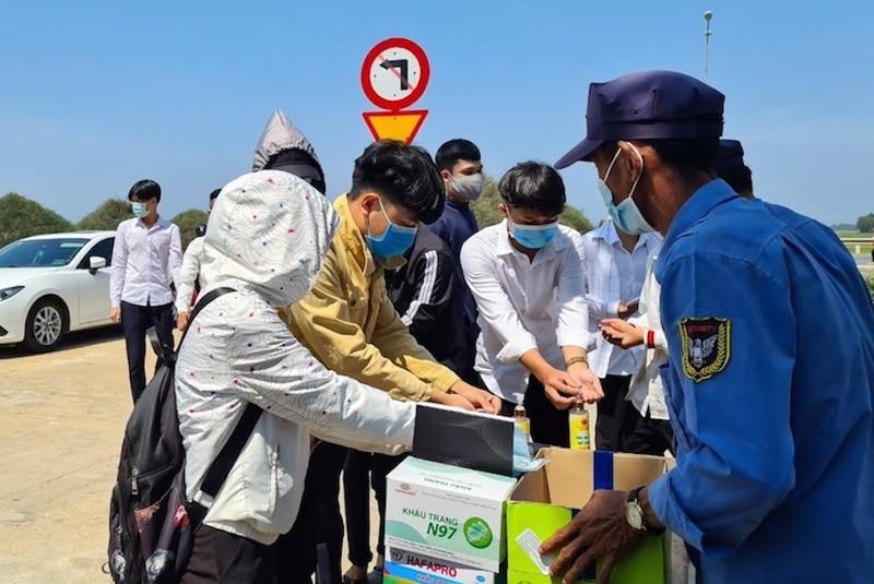 Quảng Nam cho học sinh, sinh viên đi học lại từ ngày 6-5 - ảnh 1