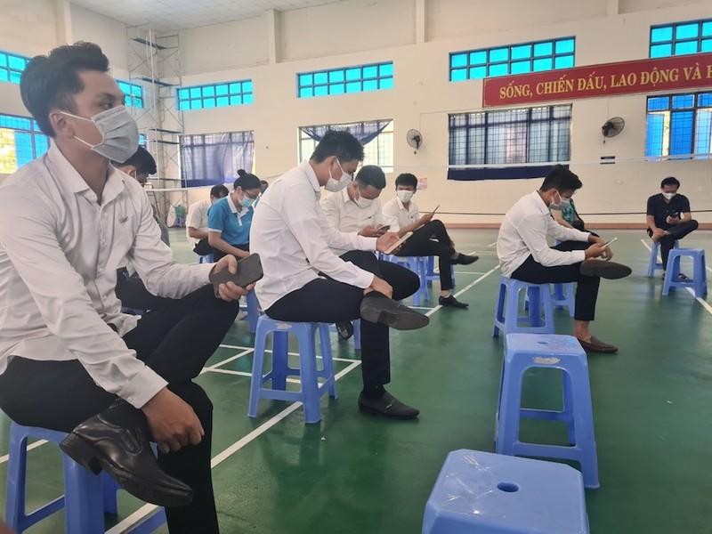 Chủ tịch Quảng Nam lên tiếng việc doanh nghiệp bất động sản được tiêm vaccine - ảnh 2