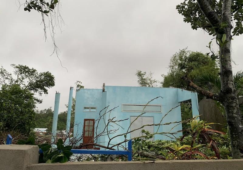 Lốc xoáy do bão gây ra tàn phá 20 nhà của người dân Quảng Nam, Quảng Ngãi - ảnh 3