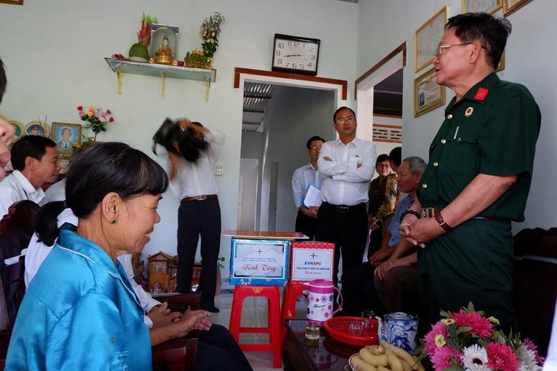Hội Cựu chiến binh Sở Tư pháp TP.HCM trao tặng nhà tình nghĩa - ảnh 2