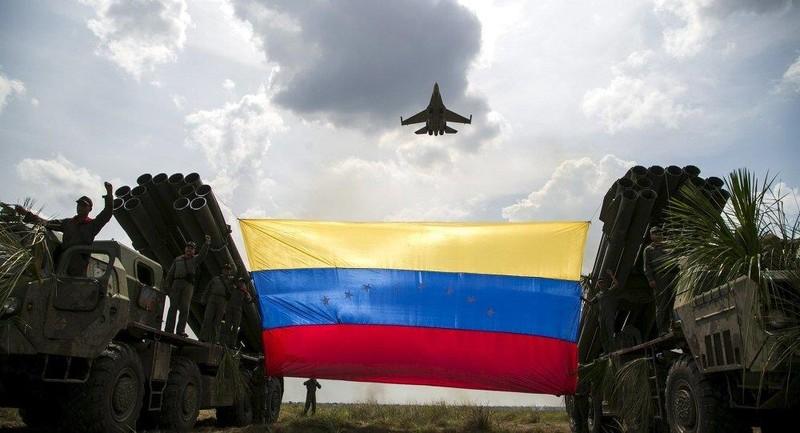 Bị ép rời Venezuela, Nga nói ông Trump 'xem lại mình' - ảnh 2