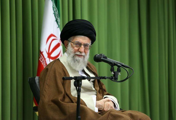 Iran lên tiếng về lệnh trừng phạt mới của ông Trump - ảnh 1
