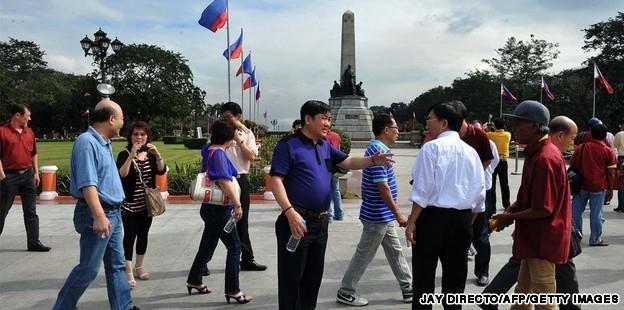 Philippines muốn dừng cấp thị thực tại cửa khẩu cho người TQ - ảnh 2