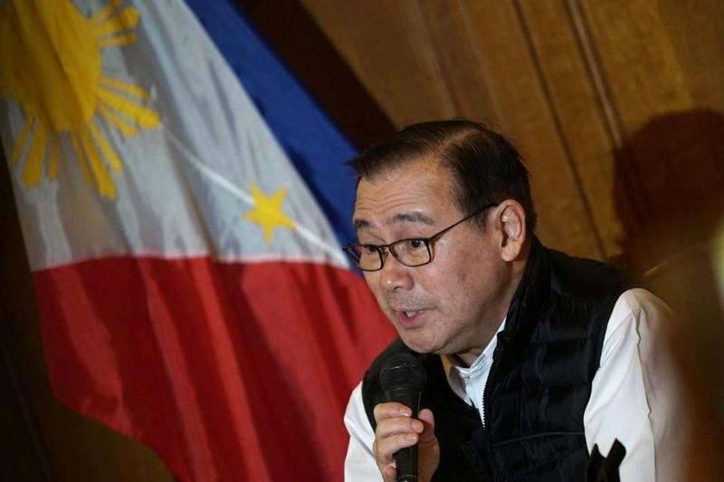 Philippines muốn dừng cấp thị thực tại cửa khẩu cho người TQ - ảnh 1