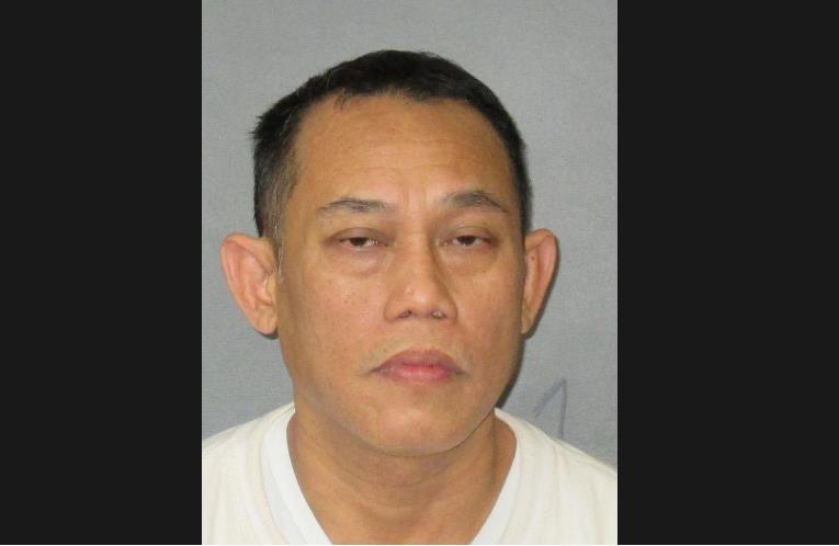 Không thể 'nối lại tình xưa', chồng gốc Việt lấy dao đâm vợ - ảnh 1