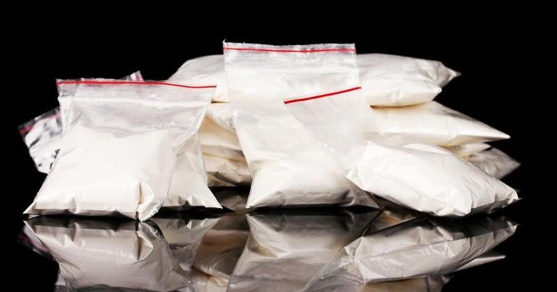 Bán ma túy tổng hợp, một người gốc Việt ở Mỹ lãnh 5 năm tù - ảnh 1