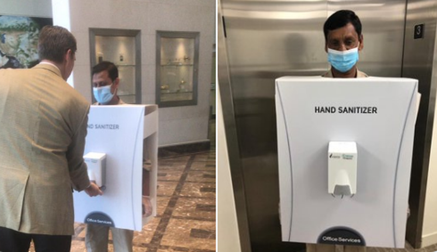 Bắt nhân viên làm giá để máy xịt gel khử trùng ngừa COVID-19 - ảnh 1