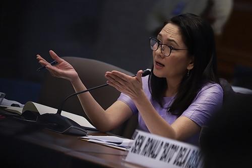 Tàu cá Philippines bị tàu Trung Quốc tông: Nghị sĩ lên tiếng  - ảnh 1