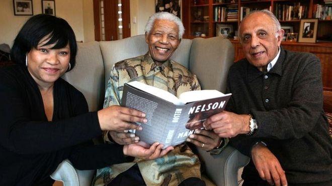 Con gái út nhà Mandela qua đời ở Nam Phi - ảnh 1
