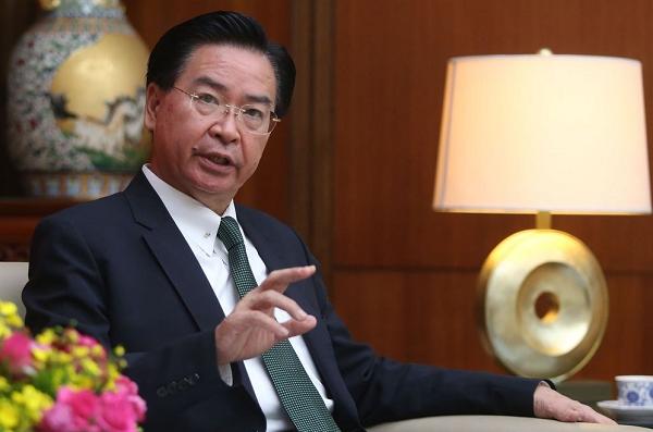 Đài Loan lo bị Bắc Kinh 'thu hồi' sau khi áp luật ở Hong Kong - ảnh 1