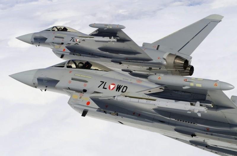 Biển Đông: Indonesia mua chiến đấu cơ Typhoon ngăn Trung Quốc - ảnh 1