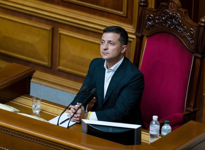 Tổng thống Ukraine nhắn Tổng thống Belarus: Tự tin bầu cử lại! - ảnh 1