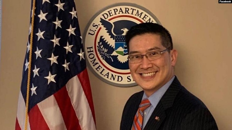 Luật sư gốc Việt được bổ nhiệm làm lãnh đạo ICE của Mỹ - ảnh 1