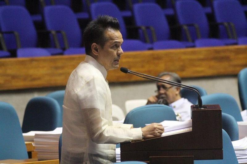 Philippines: Ủng hộ dừng làm ăn công ty TQ xây đảo phi pháp  - ảnh 2