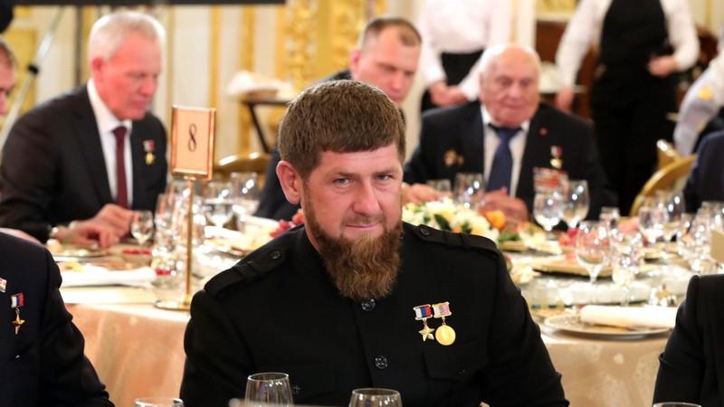 Lãnh đạo Chechnya: Ông Navalny hãy nhắm tôi, thay vì ông Putin - ảnh 1
