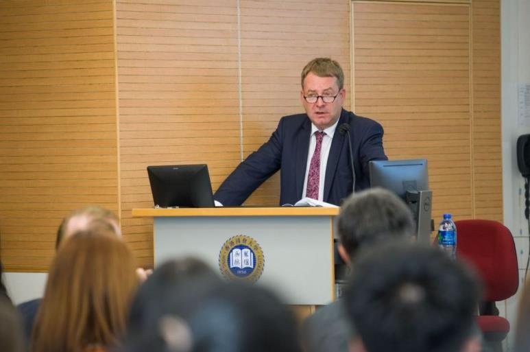 Hong Kong khuyến cáo Đức không cho 'tội phạm' tị nạn - ảnh 1
