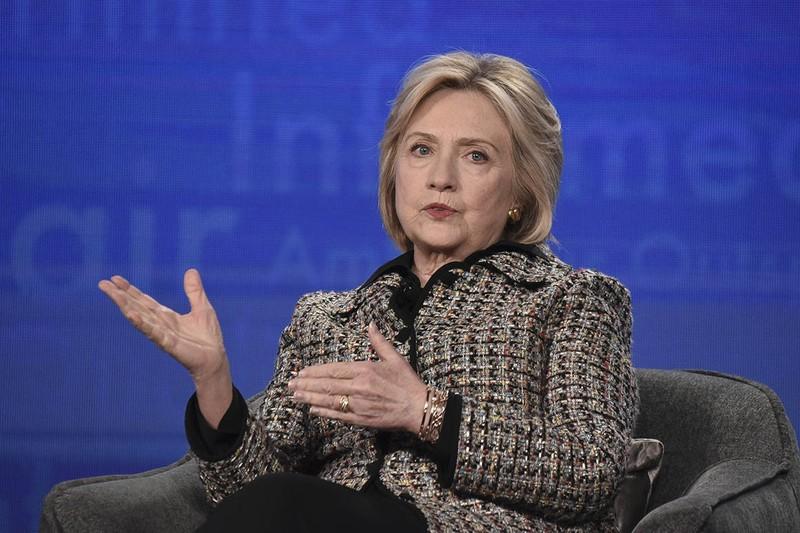 Bà Clinton lên tiếng việc ông Pompeo hứa tiết lộ thêm email - ảnh 1