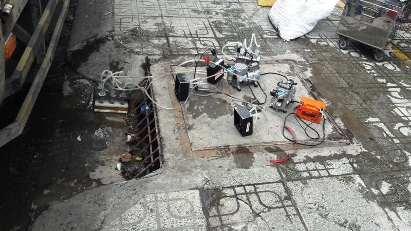 Lần đầu đo mùi cống thối trên đường phố Sài Gòn - ảnh 3