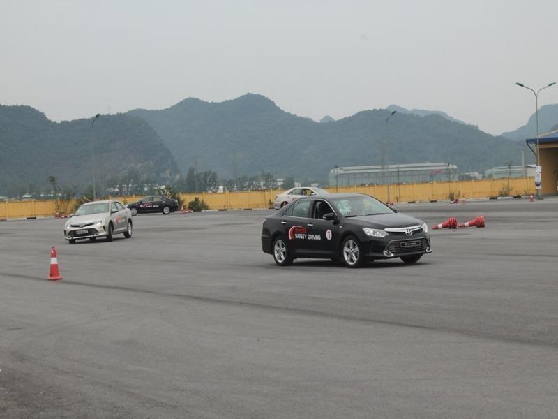 Bộ GTVT lên tiếng về việc đổi giấy phép lái xe - ảnh 1