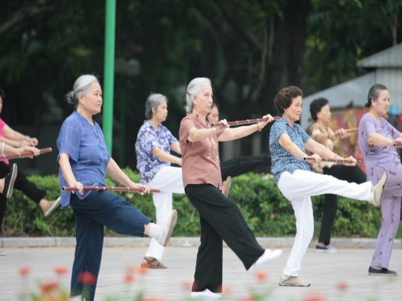 Bộ LĐ-TB&XH tiếp tục đề xuất tăng tuổi nghỉ hưu - ảnh 1