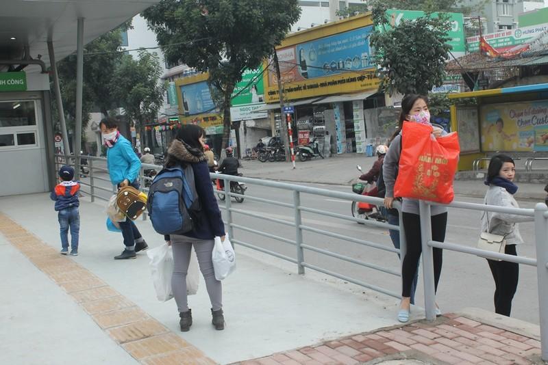 Người dân nói gì về xe buýt nhanh đầu tiên ở Việt Nam? - ảnh 7