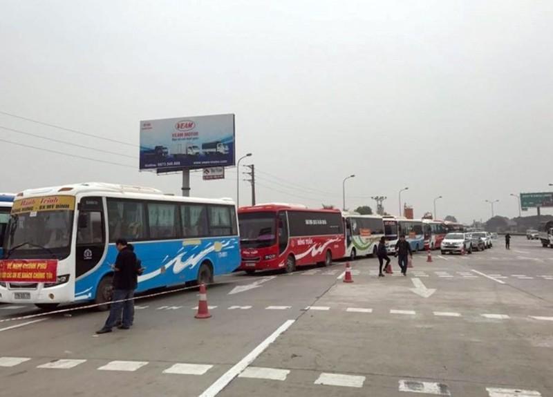 Gỡ 'nút thắt' tại các bến xe ở Hà Nội - ảnh 1