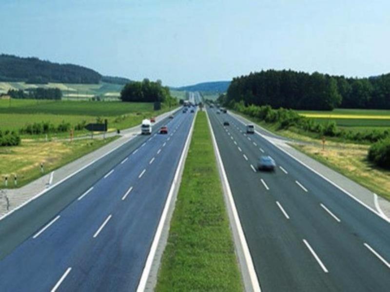 Thủ tướng yêu cầu Bộ GTVT rút kinh nghiệm dự án cao tốc - ảnh 1