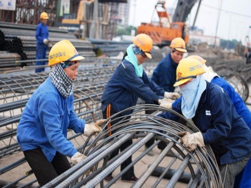 Kiến nghị QH sửa cách tính lương hưu cho lao động nữ - ảnh 1