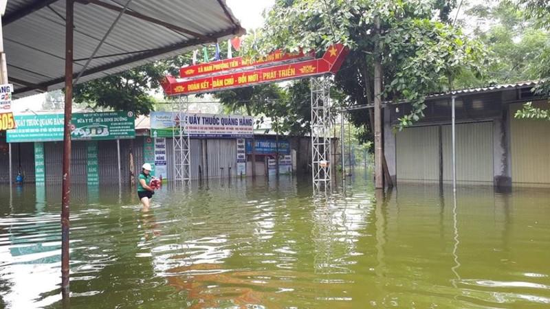 2.700 nhà dân Hà Nội vẫn ngập chìm trong lũ - ảnh 5