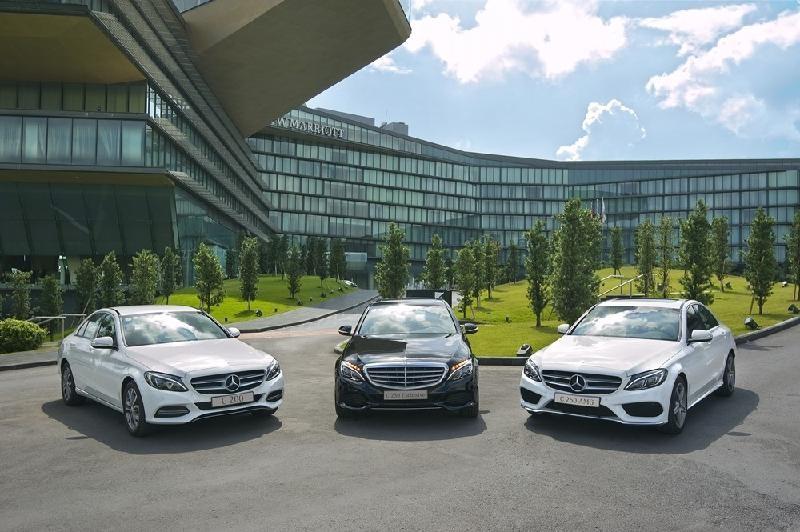 Triệu hồi xe Mercedes-Benz GLC vì lỗi có thể gây nguy hiểm - ảnh 1
