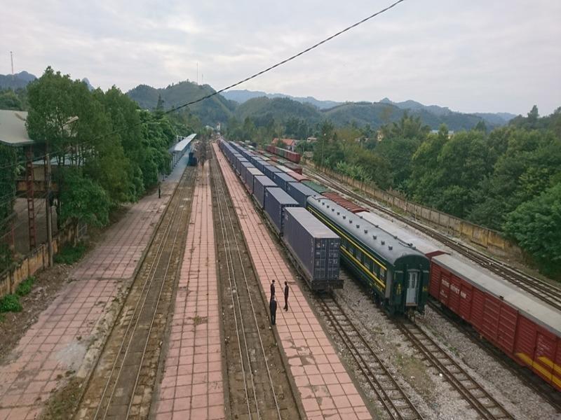 Xây mới đường sắt, đi từ Hà Nội-TP.HCM mất hơn 5 giờ - ảnh 1